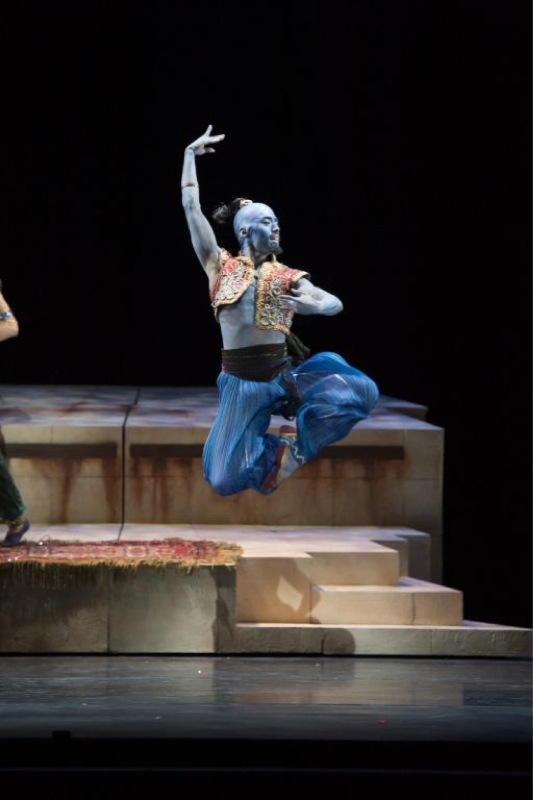 3.Aladdin - Tzu-Chao Chou as the Djinn - Bill Cooper