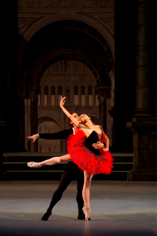 2.Don Quixote. Natalia Osipova and Ivan Vasiliev2_