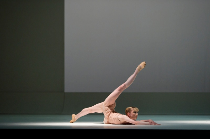 Sarah Lamb in Chroma ©ROH/ Bill Cooper