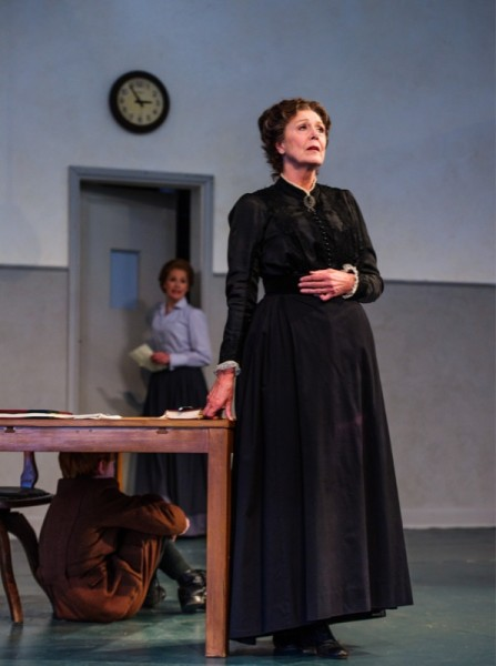 Mrs Grose, Governess, Miles ©OHP/ Alex Brenner