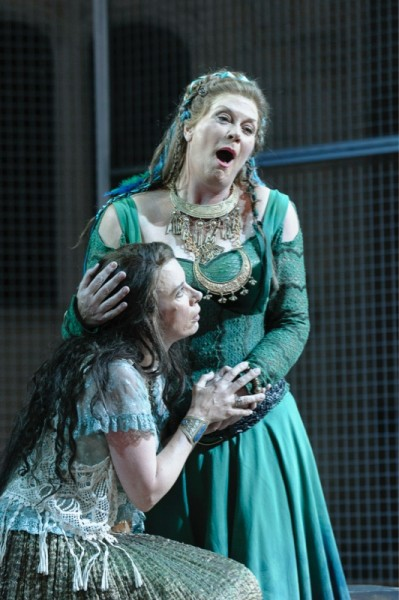 Act I, Adalgisa and Norma