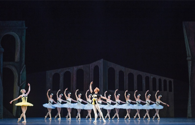 Scènes de ballet, all images ROH/ Tristram Kenton