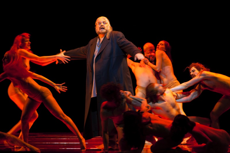 Tannhäuser haunted by the Venusberg in Act III