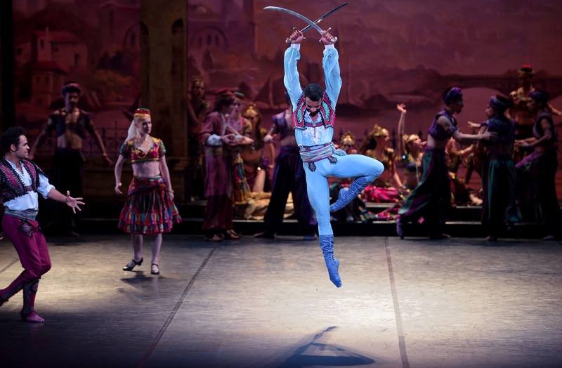 Conrad the Corsaire, all images ENO/ Laurent Liotardo